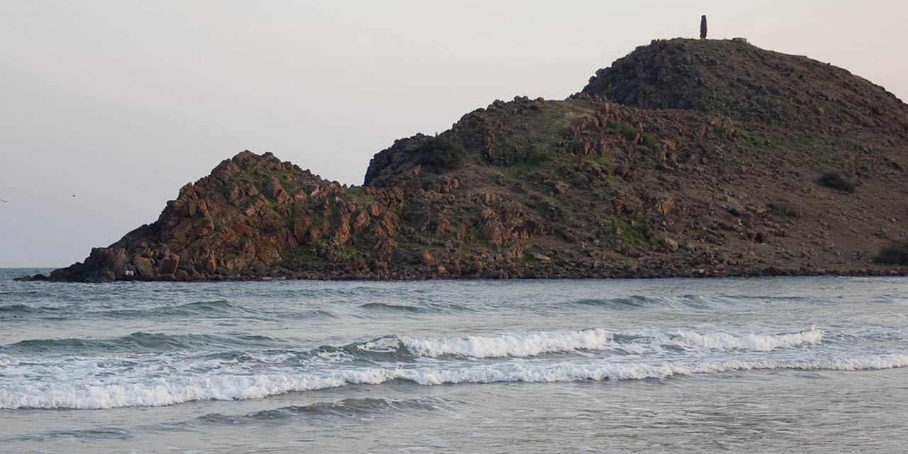 Appikonda Beach Vizag Tourist Attraction