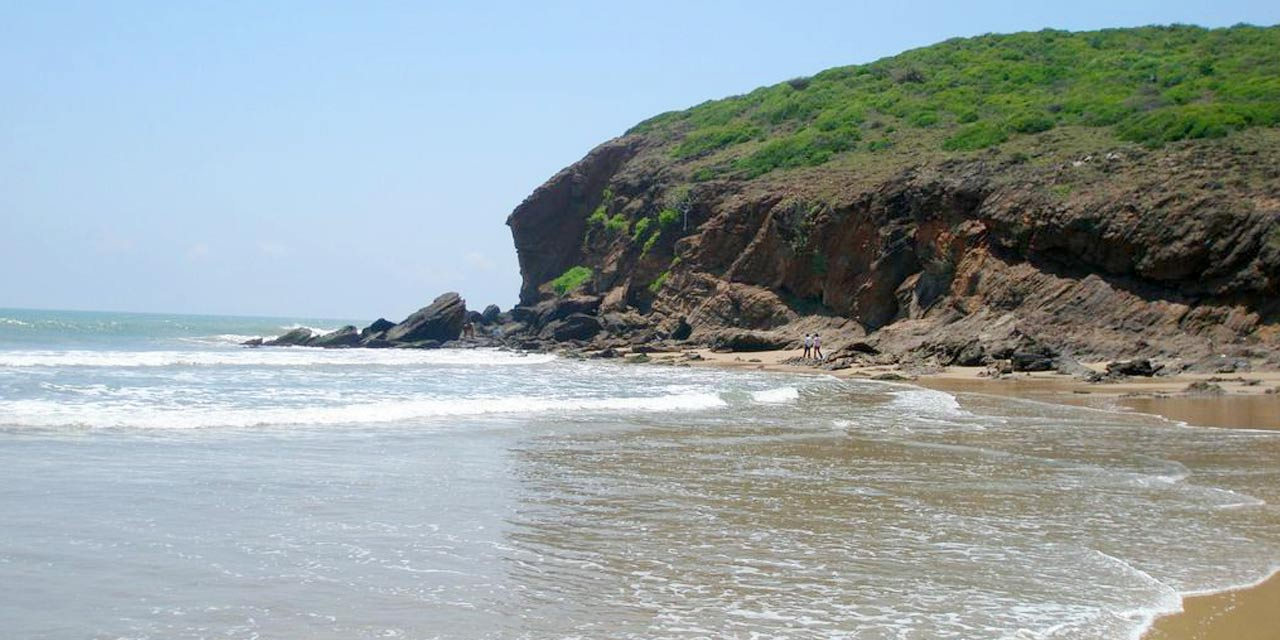 Yarada beach, Vizag Top Places to Visit